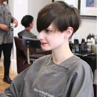 Unique layers for a unique look 💕  #shorthairstyle #shorthair #undercut #hairtrends2020 #benjaminryanhair
